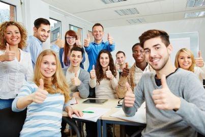 giovani apprendisti in aula
