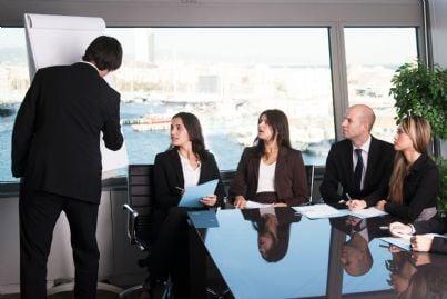 avvocati in uno studio legale