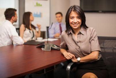 avvocato donna in uno studio legale