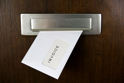 fattura avvocato imbucata porta
