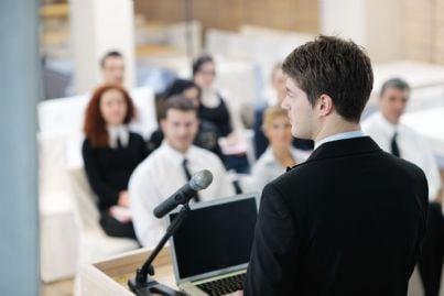avvocati a un corso di formazione