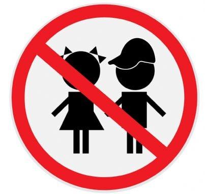 cartello di divieto per bambini
