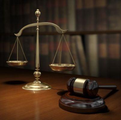 sentenza bilancia martello giustizia