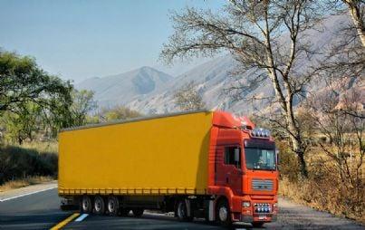 camion tir trasporti