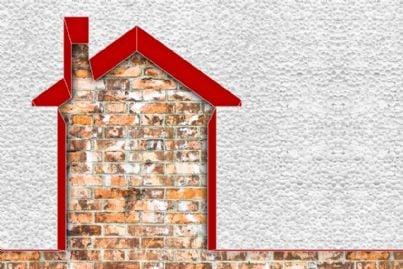 casa con sistema di isolamento a cappotto termico