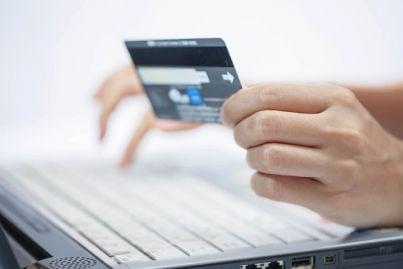carta di credito usata per acquisti online