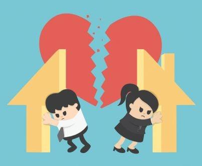 casa divisa in due evoca concetto divorzio coniugi