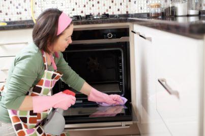 DOMESTICA COLF casalinga pulizia pulire