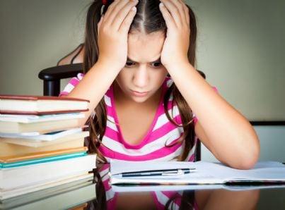 Alunna sommersa di compiti