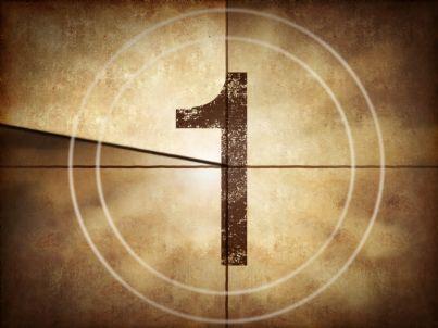 conto alla rovescia numero uno segna il tempo