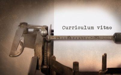 curriculum vitae scritto a macchina