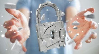 lucchetto che si frantuma per mancata sicurezza privacy