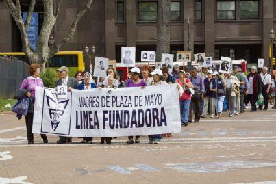 corteo delle madri dei desaparecidos argentini