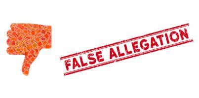 dichiarazioni false e pollice verso il basso