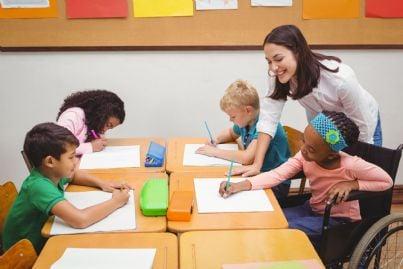 alunno disabile con insegnante sostegno