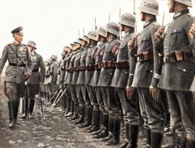 soldati nazisti in una carta di epoca