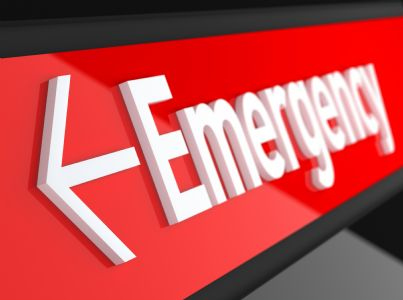parola emergenza scritta in rosso