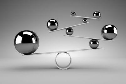 palle che rappresentano concetto di equilibrio