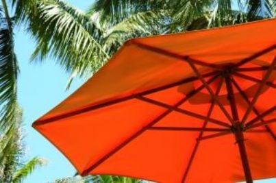 estate spiaggia ombrellone vacanza