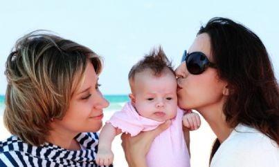 Due donne e un bambino