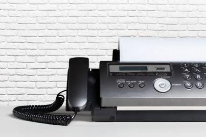 un apparecchio fax