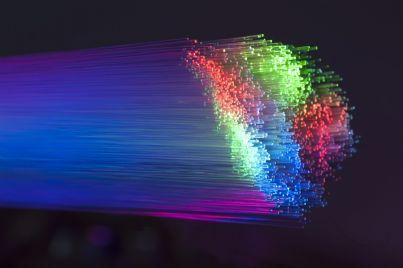 internet veloce con cavo di fibra ottica