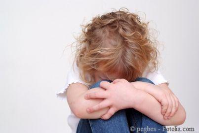 figlio figlia maltrattamento separazione affido bimbi bambina