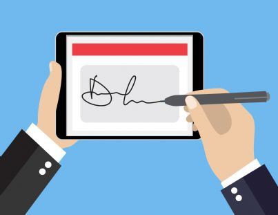 firma digitale apposta su tablet