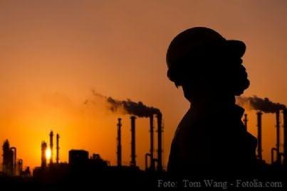 lavoro fabbrica industria licenziamento lavoratore