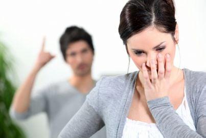 violenza donne separazione divorzio lite litigano maltrattamenti