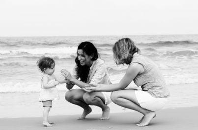 bambino con due mamme concetto adozioni gay
