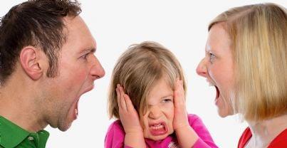 genitori litigano per affido figlia