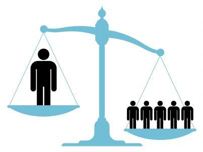 bilancia che simboleggia il concetto di ingiustizia