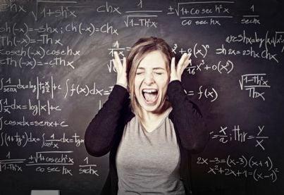 insegnante donna stressata