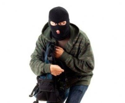 ladro furto id9274