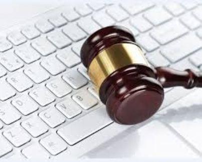 martello sentenza giudice diritto cassazione