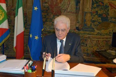 Mattarella firma decreto sicurezza bis