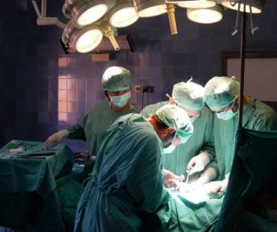 medici operazione medico