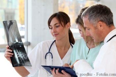 medico lastre visita malattia professionale