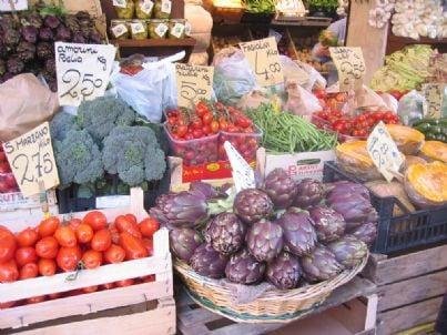 mercato consumi frutta crisi codacons