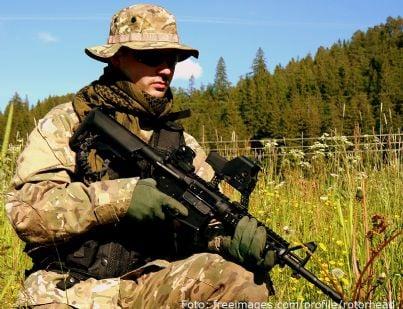 militare armato