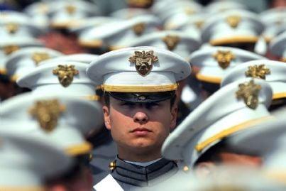 militari in divisa