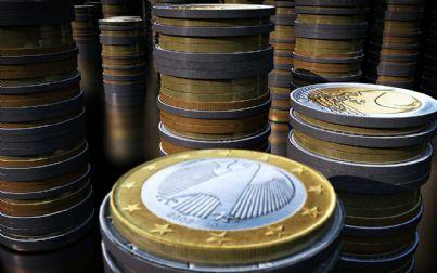Serie di pile di monete