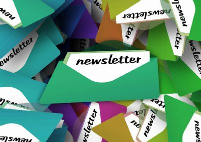 parole newsletter scritta su simbolo mail