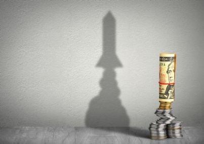 ombra soldi che si trasforma in razzo