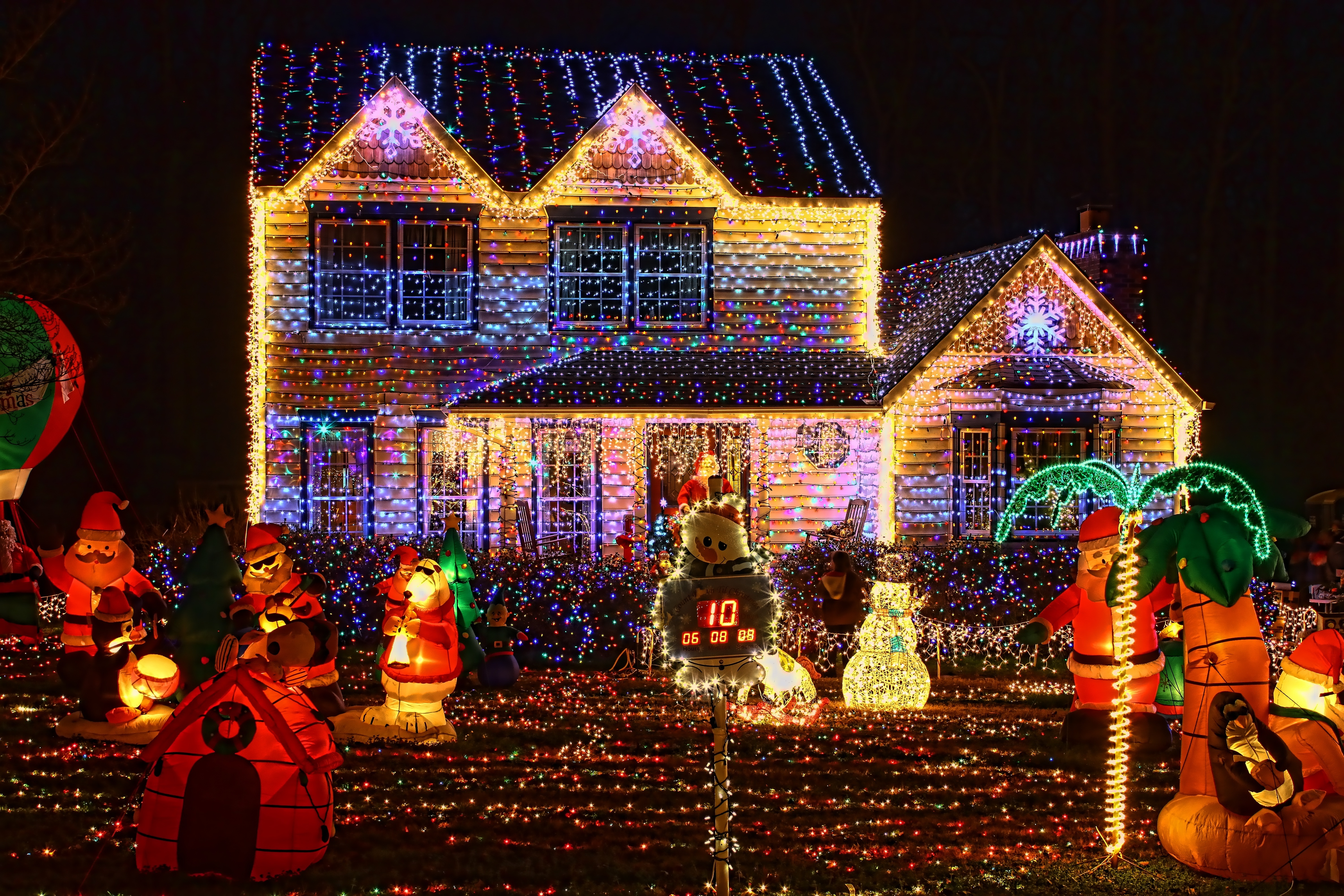 Addobbi Natalizi Luci.Addobbi Di Natale In Condominio
