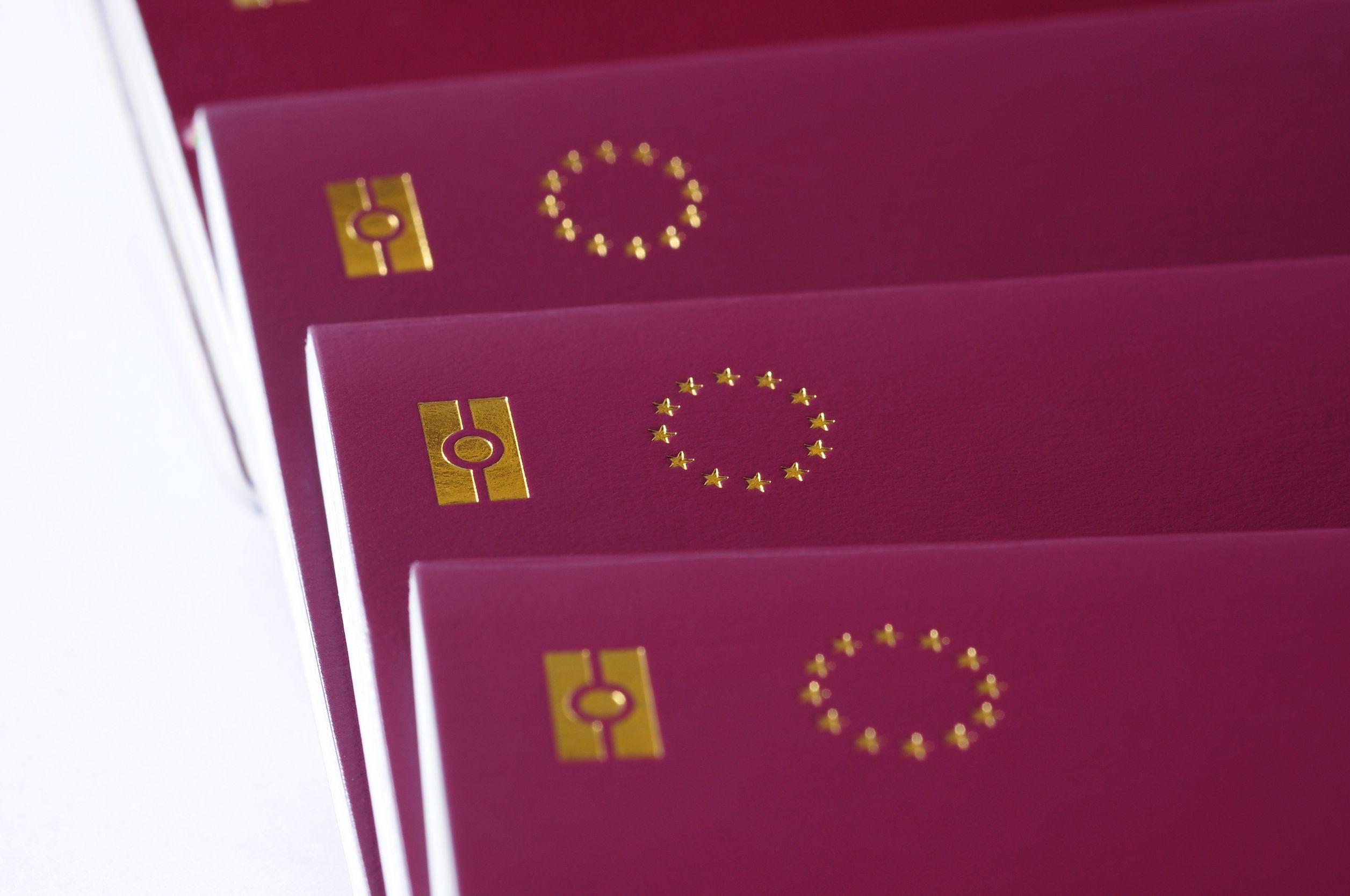 Passaporto elettronico cos 39 come richiederlo e quanto costa for Quanto tempo conservare documenti 730