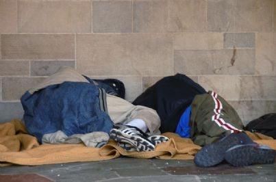 povero povertà