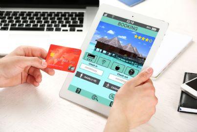 prenotare un hôtel con tablet online