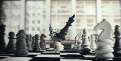 re e regina su scacchiera scacco matto